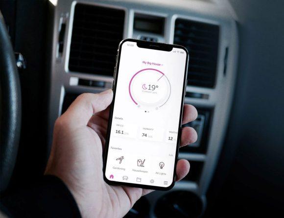 Telefon viser hvordan smarthuset fungerer - alt fra en app!